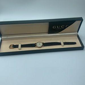 Gucci 3400F L vintage Ladies watch